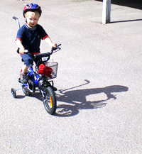Melvin cyklar